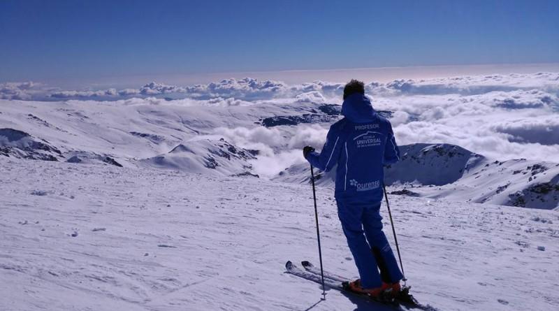 Escuela Universal de Esquí de Sierra Nevada